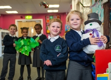 Pupils decorating for Christmas at Willow Tree Primary School